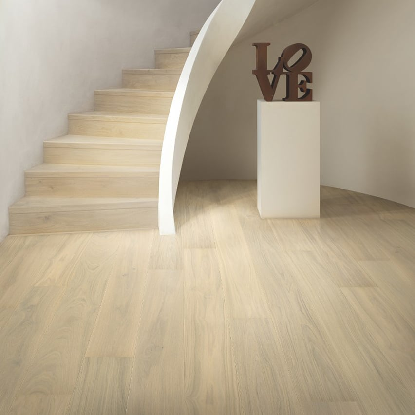 Suelo Parquet de Madera Quick Step Mod. Roble Blanco Floral Extramate (Ref. PAL5106S)